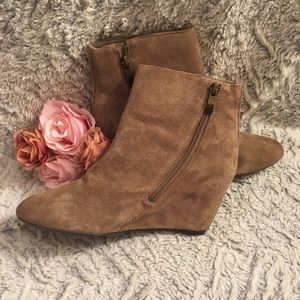 Suede Vince Camuto Brown Wedge Ankle Boot Size 7.5